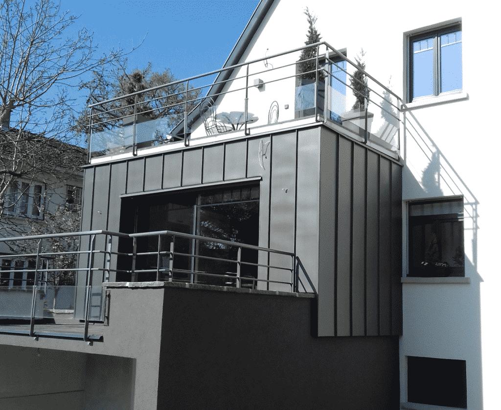 Habillage de façade en zinc naturel