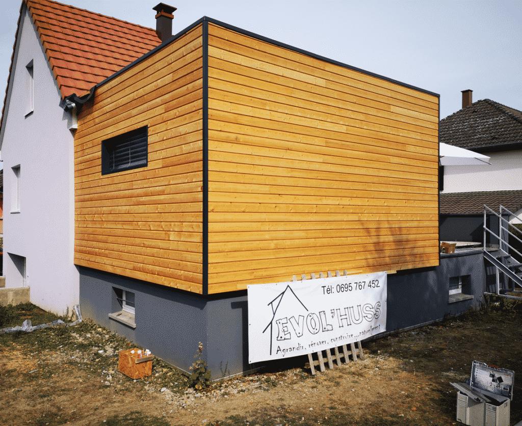 Extension moderne ossature et habillage bois